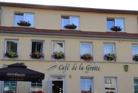 CAFÉ DE LA GROTTE